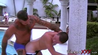 Muscular Ray Dalton fucks Colton Seudes raw tight ass