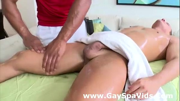 Massage of muscled gay dude at spa